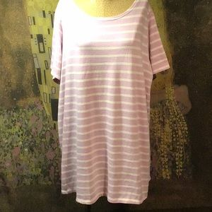 Outstanding Old Navy Lavender Striped Top Size 3X